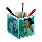 Plastový držák na tužky s hodinami, teploměrem a fotorámečkem, modrá