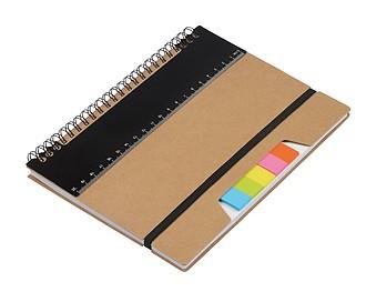 Zápisník se značkovacími lístky a černým pravítkem