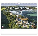 Česko mezi oblaky 2019, nástěnný kalendář, prodloužená záda