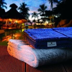 VS DEORIA SET 2 Sada bílého ručníku a modré osušky, 530g ručníky s potiskem