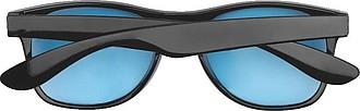 Sluneční brýle s černým plastovým rámem a barevnými skly,modrá