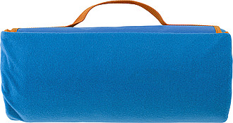 Fleesová pikniková deka s vodotěsnou spodní stranou. Světlá královská modrá.