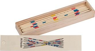 Hra mikádo v dřevěné krabičce