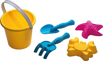 Plastový kyblíček s hračkami na písek