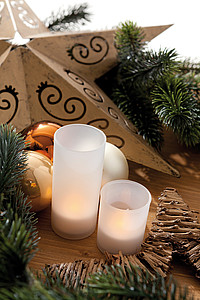 LUZAGA Dekorační svíčka s LED světlem a tlačítkem pro zapnutí