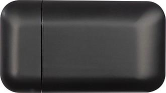 Matný plastový zapalovač, který se nabíjí USB kabelem, černý