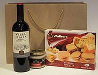 Dárková taška s vínem, husí paštikou a sušenkami