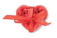 Růže z mýdlových plátků, pouzdro ve tvaru srdce