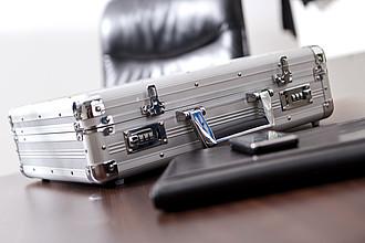 Hliníkový kufr se zámkem