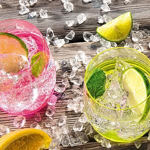 VS HATTA sada 4 zelených neonových sklenic